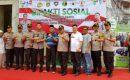 Polri Gelar Bakti Sosial Pengobatan Gratis dan Bantuan Sembako untuk Kaum Dhuafa