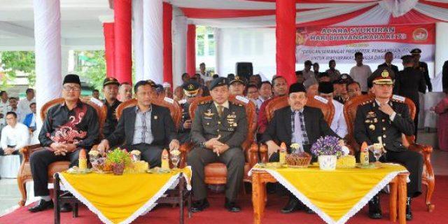 Personel Kodim 0104/Atim Turut Ramaikan Upacara Peringatan Hari Bhayangkara Ke-73 Di Kota Langsa